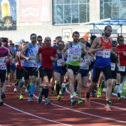 Veteránské půlmaratonské tituly se rozdělovaly za horka v Olomouci